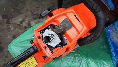 Chainsaw Transfuses And Doesn't Start