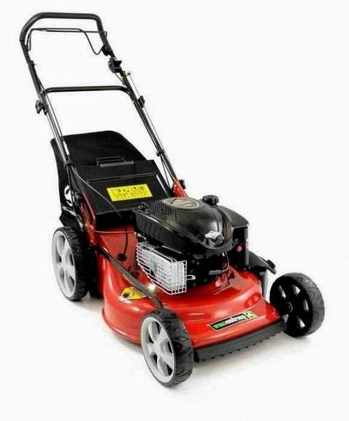 Changing the Lawnmower Oil