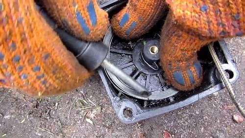 Do-it-yourself mower repair. How to Repair a Benzocosa