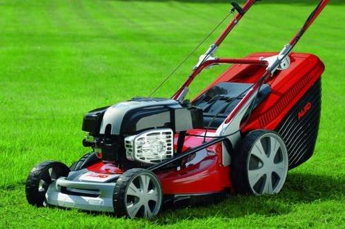 How to Choose a Gasoline Lawn Mower