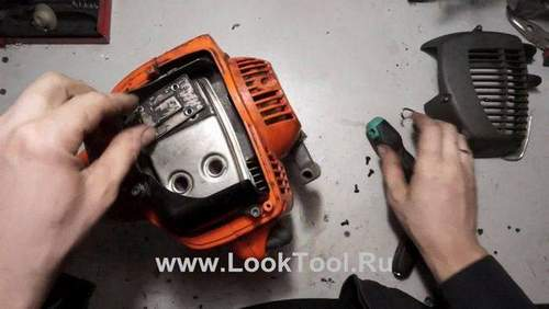How to Clean a Silencer on a Huter Trimmer