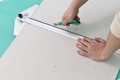 How to Cut Drywall at Home Moisture-Proof