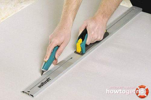 How to Cut Drywall at Home with a Knife