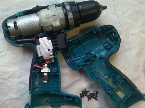 How to Remove the Gear from the Shaft of a Screwdriver Motor