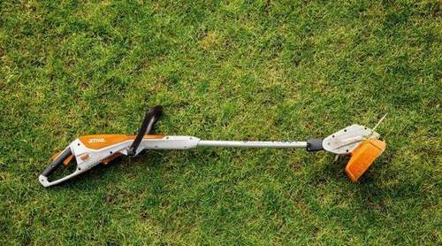 How to Replace a Coil With a Husqvarna Trimmer