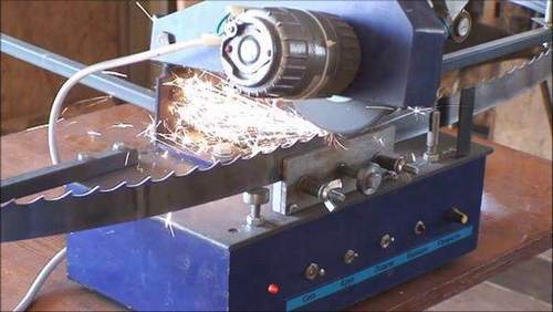 How to Sharpen Wood Band Saws Correctly