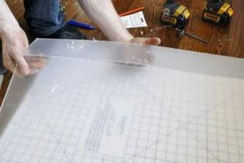 Than To Cut Plexiglas At Home