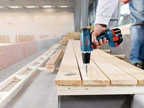 What is the Difference in Color Makita Tool