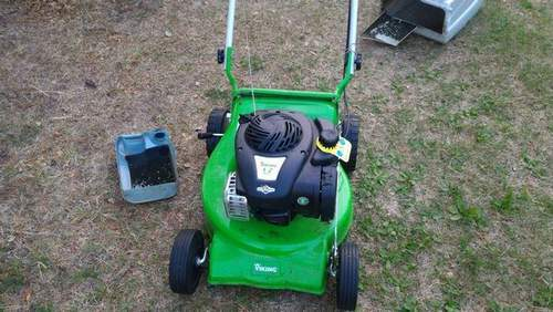 Which Gasoline To Pour Into A Viking Lawn Mower