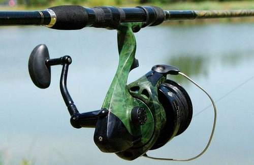 Winding Fishing Line To Trimmer Reel. Instruction
