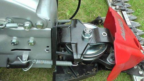 How to Tension a Belt on an Al-Ko Lawn Mower