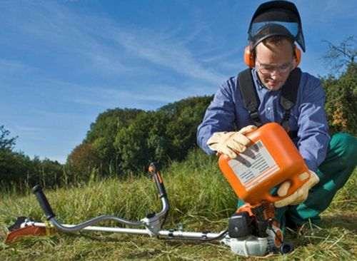 How To Refuel A Petrol Mower