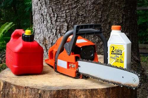 What Oil To Fill In The Chain Saw