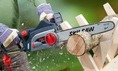 How To Put The Chain On The Saw