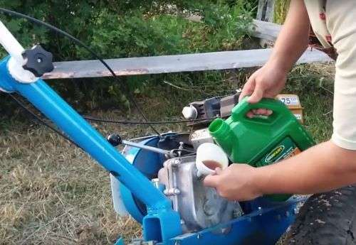 What Oil To Fill In A Diesel Walk-Behind Tractor