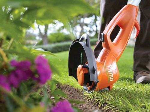 How To Mow With A Trimmer