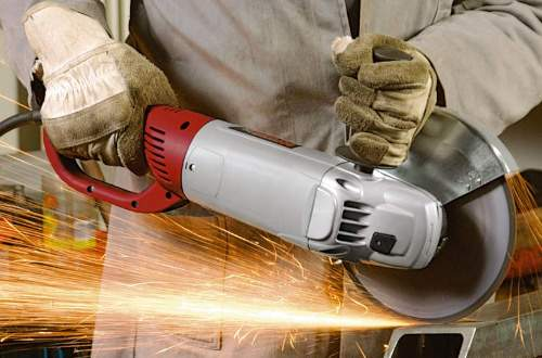 How An Angle Grinder Cut Wood