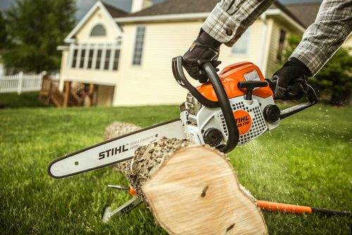 How To Use A Stihl Chainsaw