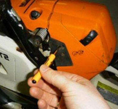 How To Start A Chainsaw Stihl