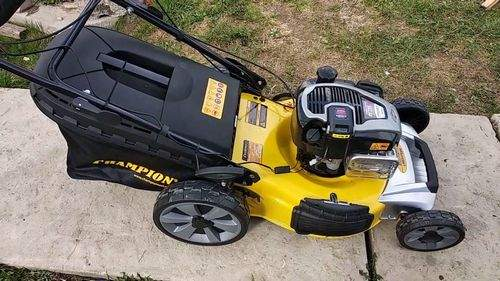 What Gasoline To Fill The Lawn Mower