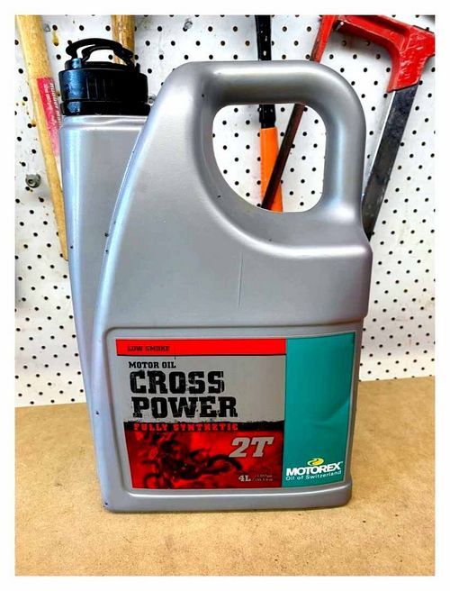 How To Dilute Two-Stroke Trimmer Oil