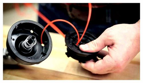 How To Put The Line On The Trimmer Spool