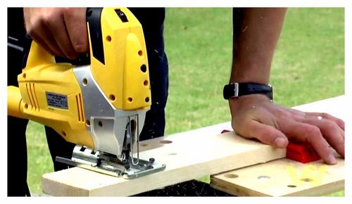 How To Use A Jigsaw For Wood